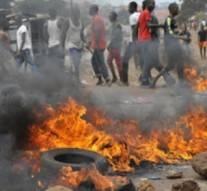 Des manifestations font 5 morts en Guinée