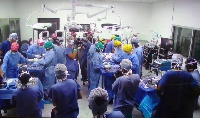 Une équipe de chirurgiens bénévoles a réussi à séparer deux sœurs siamoises en RD Congo