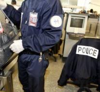 6 ans, Française, enfermée 3 jours par la police parce qu'elle est trop noire