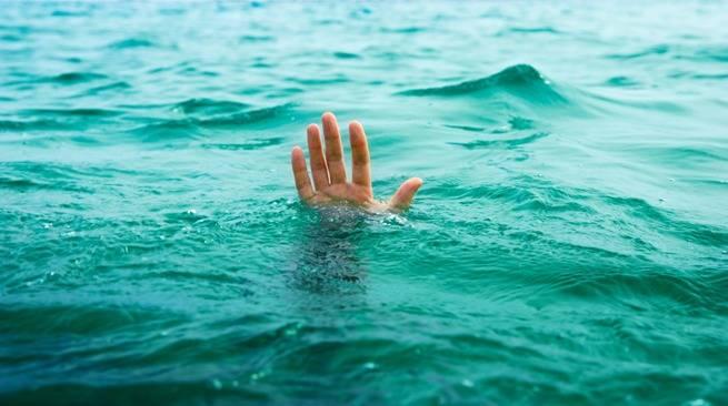 Un jeune homme de 19 ans se noie en tentant de noyer sa petite amie de 17 ans