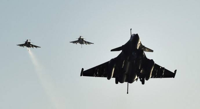 Syrie : l'aviation américaine frappe l'armée syrienne. Plusieurs morts et blessés…