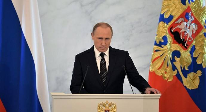 Poutine avertit les Etats-Unis : « Ne cherchez pas à déstabiliser le Venezuela »
