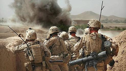 Deux militaires américains tués et deux autres blessés dans l'attentat à la bombe