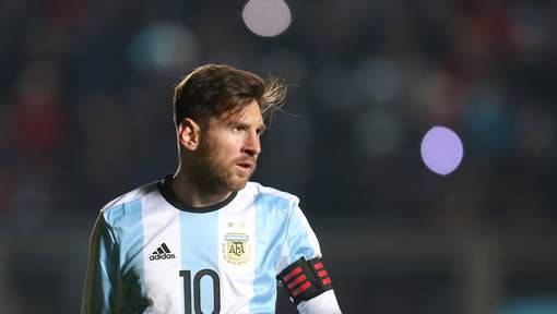 Lionel Messi: L'attaquant argentin interdit du football international pendant trois mois
