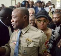 Koffi Olomidé, interdit de séjour en France et poursuivi pour vi0l sur mineur