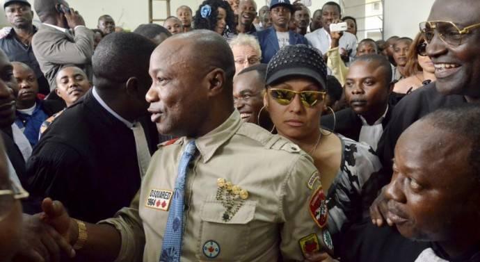 Insolent, Koffi Olomidé interdit de mettre ses pieds en Zambie