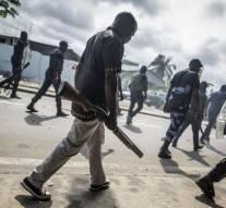 Gabon : «Le gouvernement français doit arrêter de soutenir les mafias et les réseaux de corruption»