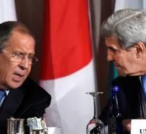 Syrie: Kerry menace de geler toute coopération avec Moscou, Lavrov accuse les USA de ne pas coopérer