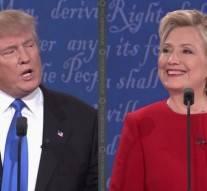 Trump n'a pas menti: face à Clinton, son micro était défectueux