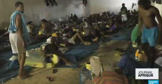 La France va accueillir les premiers réfugiés évacués de Libye…