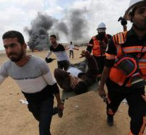 Trois personnes, dont une femme enceinte et un bébé, sont mortes en Palestine sous les bombes d'Israël