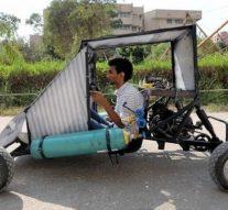 Des étudiants africains construisent une voiture qui fonctionne avec de l'air