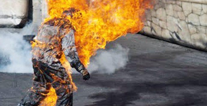 Un réfugié pakistanais s'immole par le feu dans un centre de détention situé à Nauru