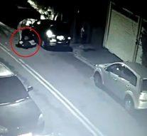 Un voleur subit une crise cardiaque fatale alors qu'il ouvre la portière d'une voiture pour choper un pasteur évangélique
