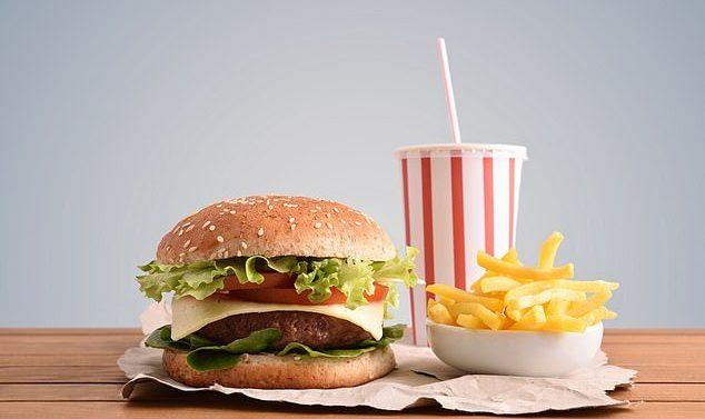 La consommation d'aliments transformés tels que les hamburgers, les céréales sucrées et les pizzas augmente le risque de maladies mortelles