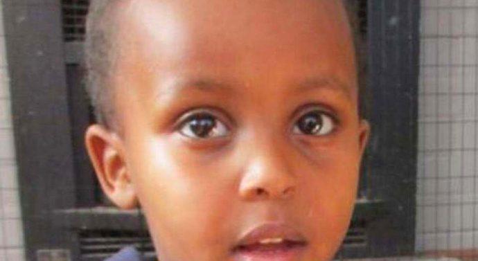 «Il est mort dans les bras de son père»: un garçon de 3 ans parmi les victimes de l'attentat terroriste en Nouvelle-Zélande