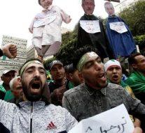 Un tribunal militaire algérien emprisonne le frère de l'ex-dirigeant et deux généraux