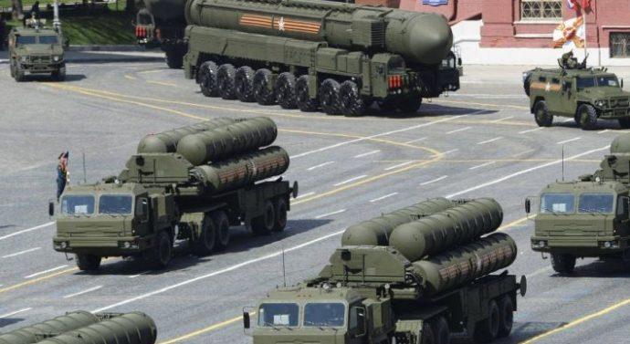 Les missiles russes S-400 arrivent à Ankara (Turquie), les USA piquent une crise