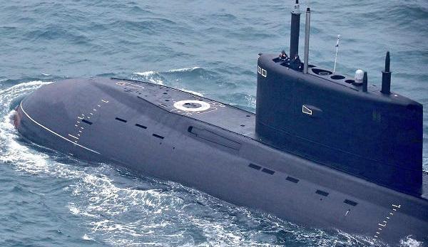 14 sous-mariniers russes sont tués après l'incendie d'un navire de recherche en eau profonde