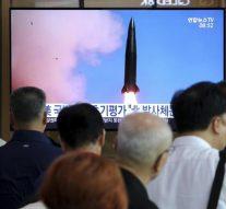 La Corée du Nord teste des nouveaux missiles et met en doute les négociations sur le nucléaire