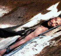 Un homme reste coincé entre des rochers de montagne dans la jungle pendant quatre jours avant d'être sauvé