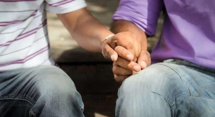 Les relations diplomatiques entre les États-Unis et la Zambie sont tendues suite à la peine de 15 ans d'emprisonnement infligée à un couple homosexuel en Zambie