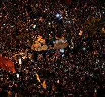 Une foule immense pleure la mort du général iranien Qassem Soleimani lors de son cortège funèbre