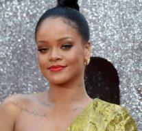 La fondation Rihanna fait un don de 5 millions de dollars pour aider à lutter contre les coronavirus en période de pandémie