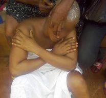 Nigeria: Son mari est décédé. Puis sa belle famille lui a rasé la tête et l'a déshabillé à côté de la tombe de son mari