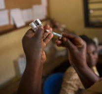 Les premiers essais en Afrique pour le vaccin COVID-19 commencent en Afrique du Sud