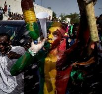Des milliers de manifestants appellent à la démission du président du Mali